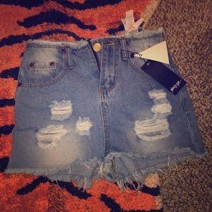 NASTY GAL holy jean shorts.